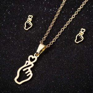 BTS Finger heart Necklace